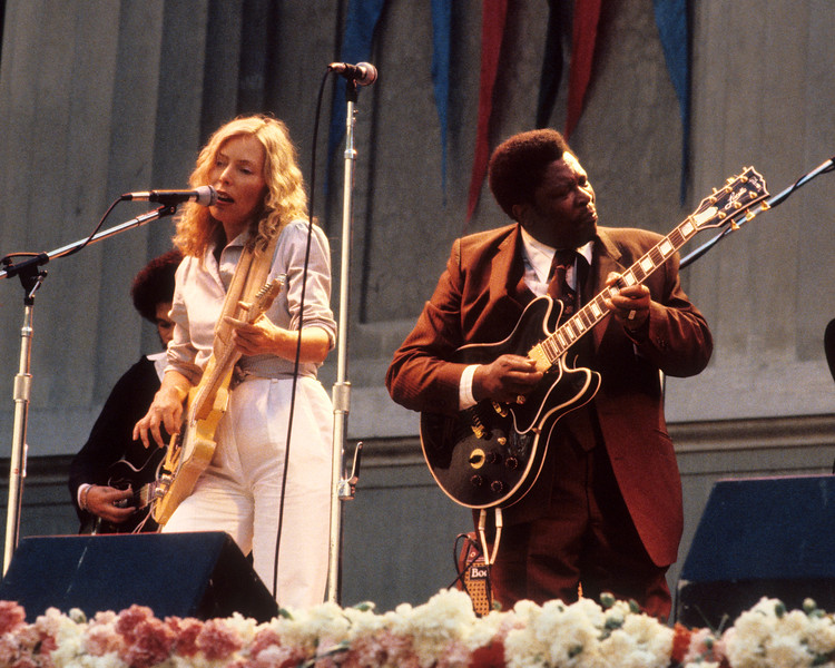 """Joni Mitchell & B.B. King perform Joni's song """"Coyote"""" together at the Bread & Roses Festival at the Greek Theater in Berkeley in June 1981."""