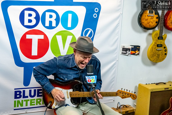 Hadden Sayers at Blues Radio International 10/4/18
