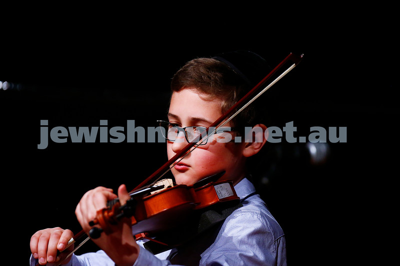 18-9-16. B'nai B'rith Youth Music Eisteddfod. Gavriel Yee. Photo: Peter Haskin
