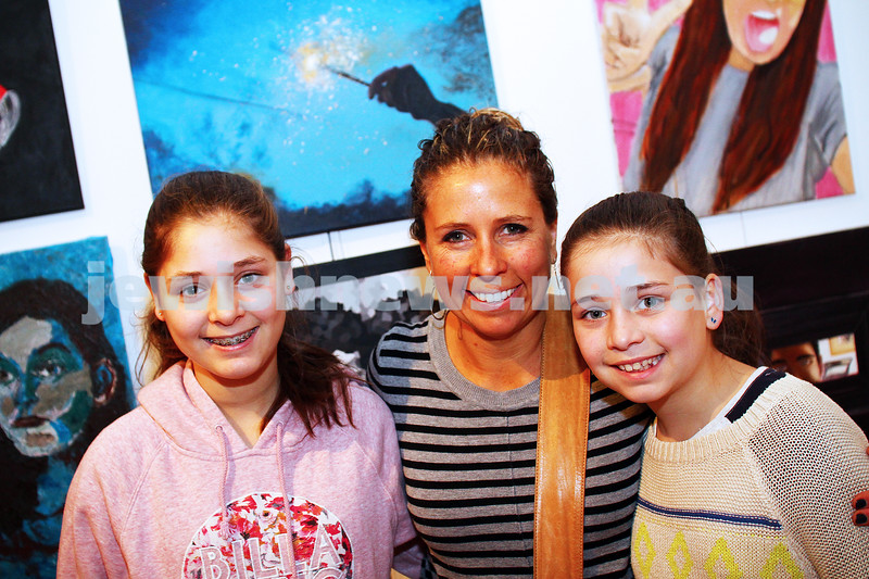 9-8-15. B'nai B'rith Shalom Menorah Unit 20th Annual Jewish Youth Art Competition. From left: Emily, Sharyn and Jemma Borenstein. Photo: Peter Haskin