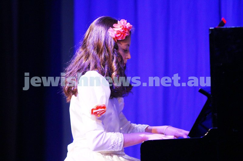 6-9-15. B'nai B'rith Jewish Youth Music Eisteddfod.  Miriam Rotblat. Finals Concert 2015. Photo: Peter Haskin