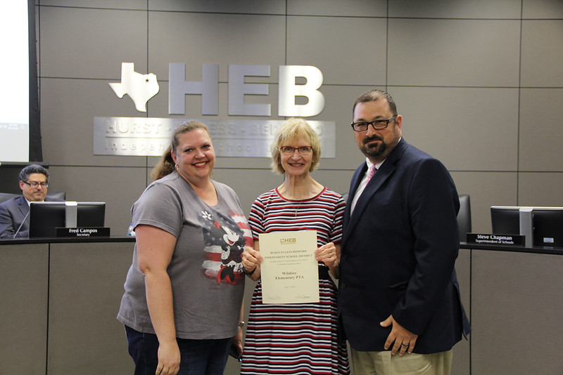 Board Member Faye Beaulieu with representatives from Wilshire Elementary PTA in recognition of a donation to Wilshire Elementary.