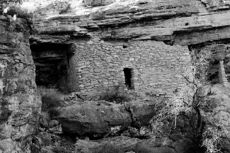 Sinaguan Cliff Dwelling  Montezuma Well, Rimrock, Arizona