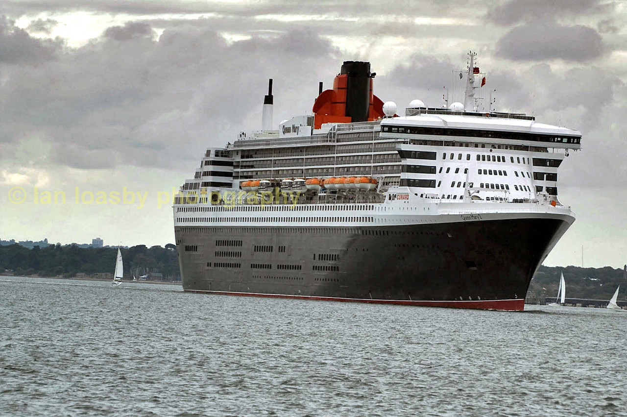 Cunards Queen Mary II making her way sedatly down the solent