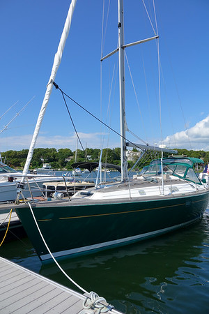 "1999 Beneteau 381 ""Patriot Games"""