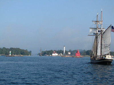Lynx and Unicorn entering the Sturgeon Bay ship canal