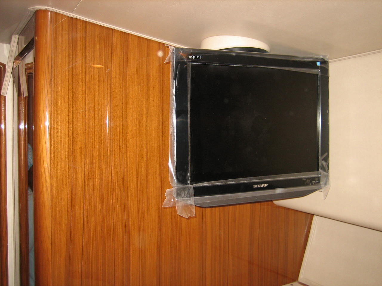 "Existing Stb S/R 20"" Television<br /> Will need to be upgraded"