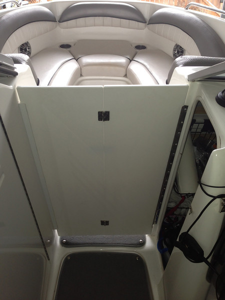 Wind tunnel closed, storage and audio amplifiers access to the right.
