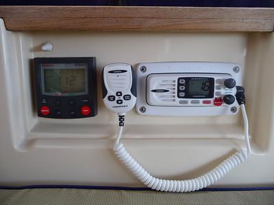 Cockpit VHF & Autopilot