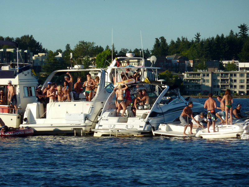 White Party Woodinville Boating Mike Lisa Joe Mark 122