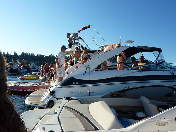 White Party Woodinville Boating Mike Lisa Joe Mark 116