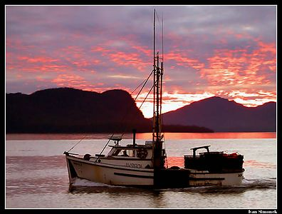 """ THE END OF A LONG DAY"",F/V Denali, Wrangell, Alaska,USA.-----""KONEC DLOUHEHO DNE"", F/V Denali, Wrangell, Aljaska,USA."