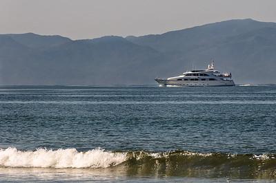 Tully Yacht cruises towards paradise Village Marina   April 2011