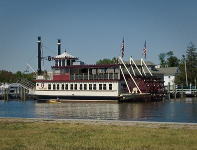 Riverlady docked on the Toms River Summer 2008
