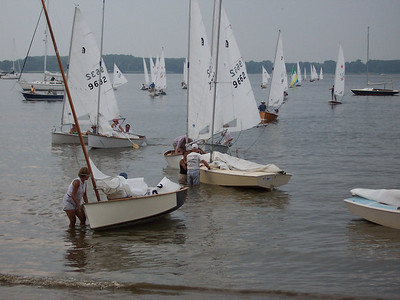 2006 Annual Regatta at Conquest, Saturday.  The races have just finished and you can smell the bbq on the grill.