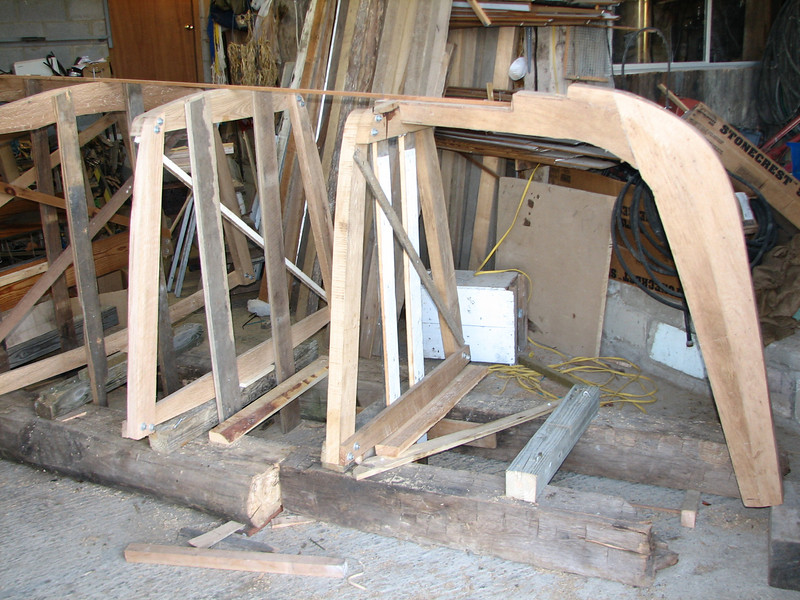 The bow stem and the frames # 4, 6, and 8 are all well braced on the strongback and faired to the centerline.