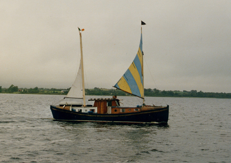 Chas under sail