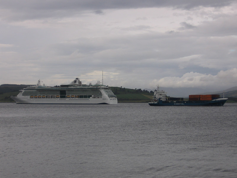 JEWEL OF THE SEAS  can now go downriver, and COASTAL DENIZ can berth at GOT.