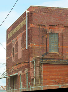 An abandoned Stauffer Chemical Co. Building