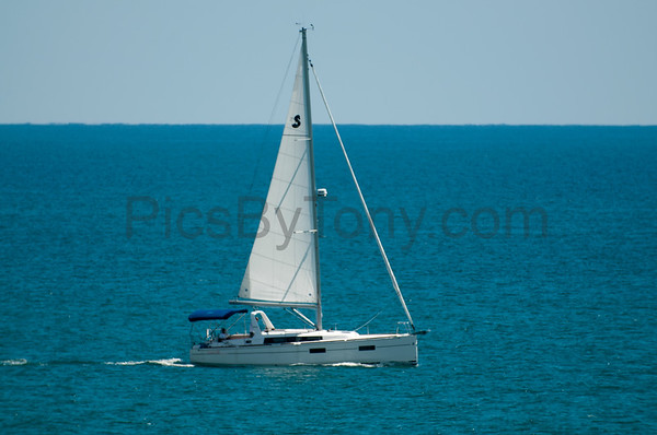 Sailboat Alma Azul off the coast of Flagler Beach, FL on July 26, 2016