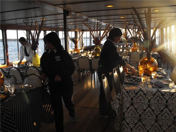 Unique safari themed wedding ceremony aboard the Grand Belle.