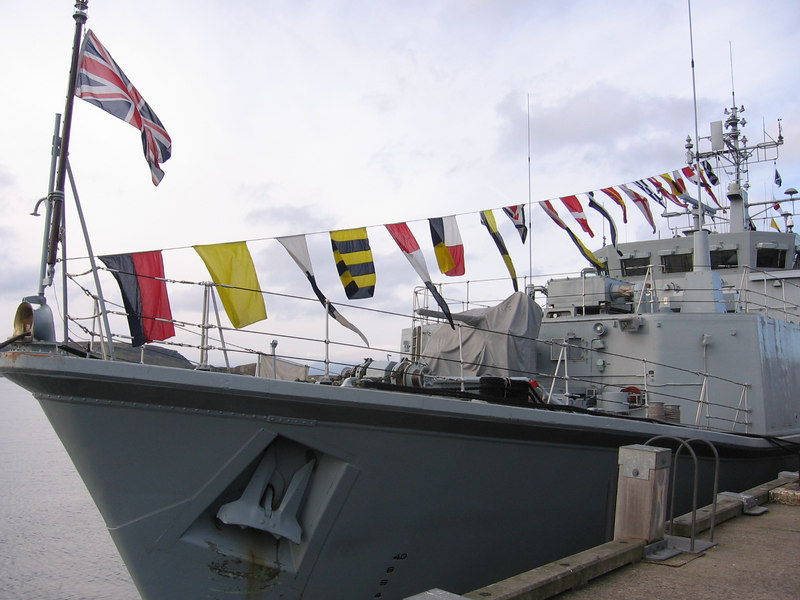 Sandown Class Minehunter HMS WALNEY at Oban.
