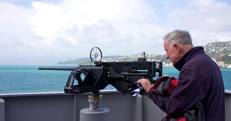 HMNZS Wellington Sep 2010 50 cal Machine Guns (1)