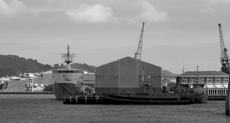 HMNZS Wellington at Queens Wharf Wellington 26 Sep 2010