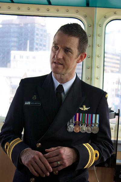 HMNZS Wellington Sep 2010 Captain (2)
