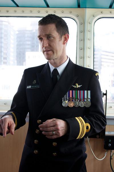 HMNZS Wellington Sep 2010 Captain (1)