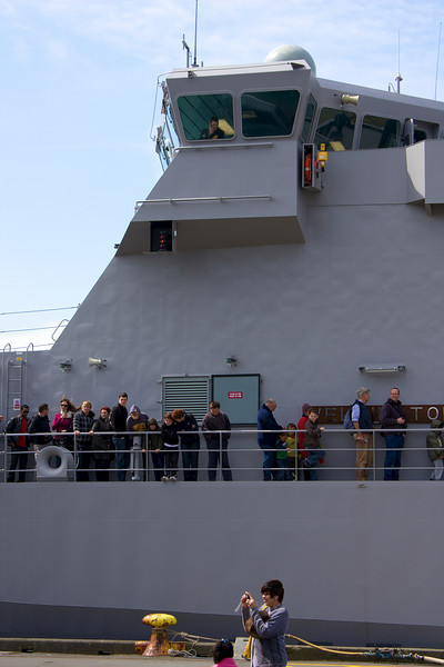 HMNZS Wellington Queueing 26 Sep 2010