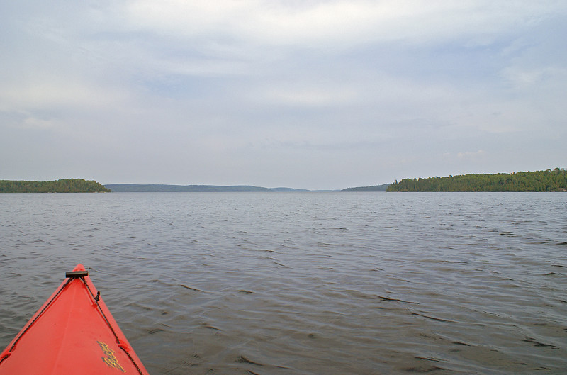 """Gullwing Lake is about 8 miles long and 2 miles wide at the widest point. In this photo you are able to see part of the shore that is about 5.5 miles away.  <A HREF=""""#top""""><TD vAlign=top noWrap align=right bgColor=lightblue><FONT face=""""Verdana, Arial, Helvetica"""" color=#4F94CD size=1>Top</FONT></TD></A>"""