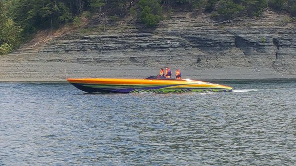 Lake Cumberland poker run 2016