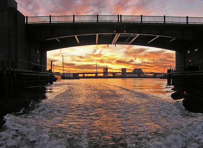 16Nov09, Ferry St Bridge, Quinnipiac River, New Haven