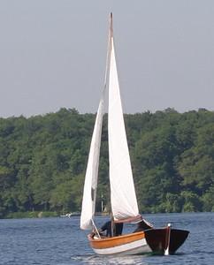 Lowell 15 Sailing Dory