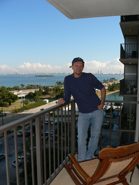My BEST friend in the world of 25+ years. This is the balcony in Miami at Doug's new apartment.....nice!