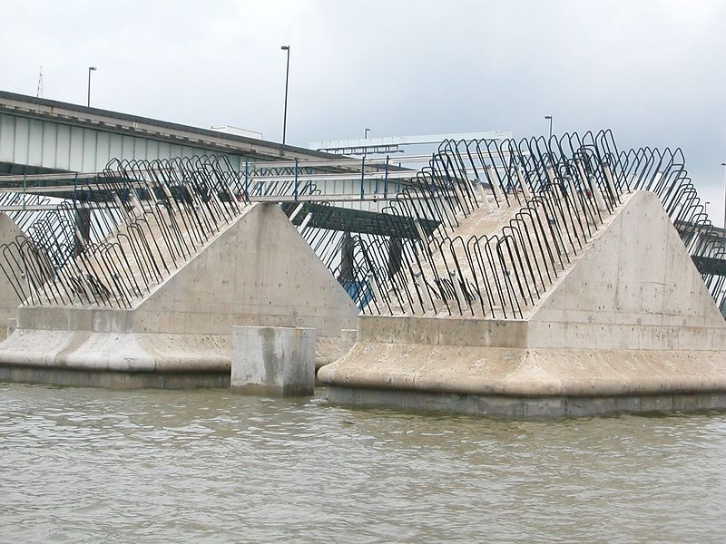 Wilson Bridge construction - 25 May 2003