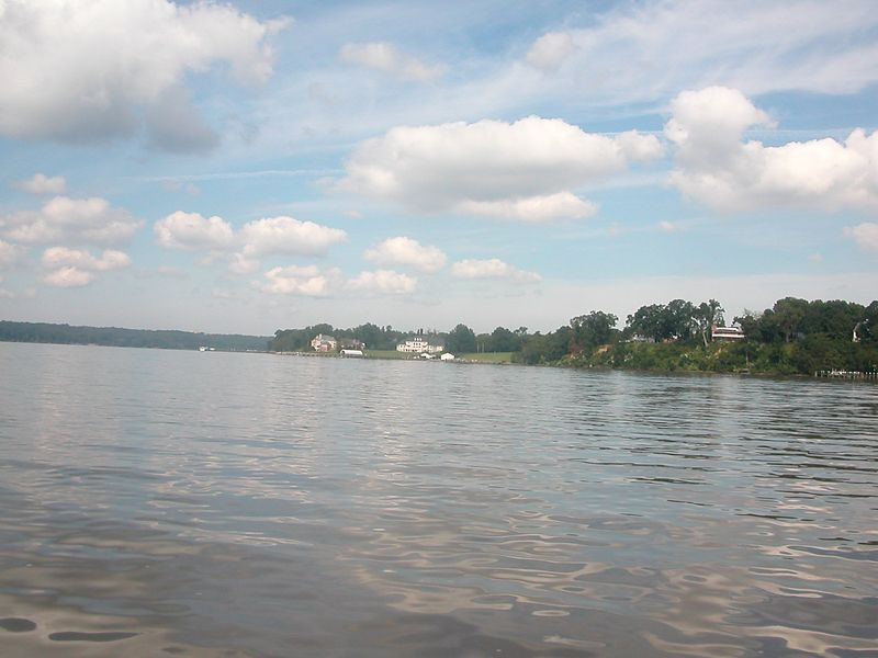 Great Day - Great Clouds on the Potomac<br /> 07 Sep 2003