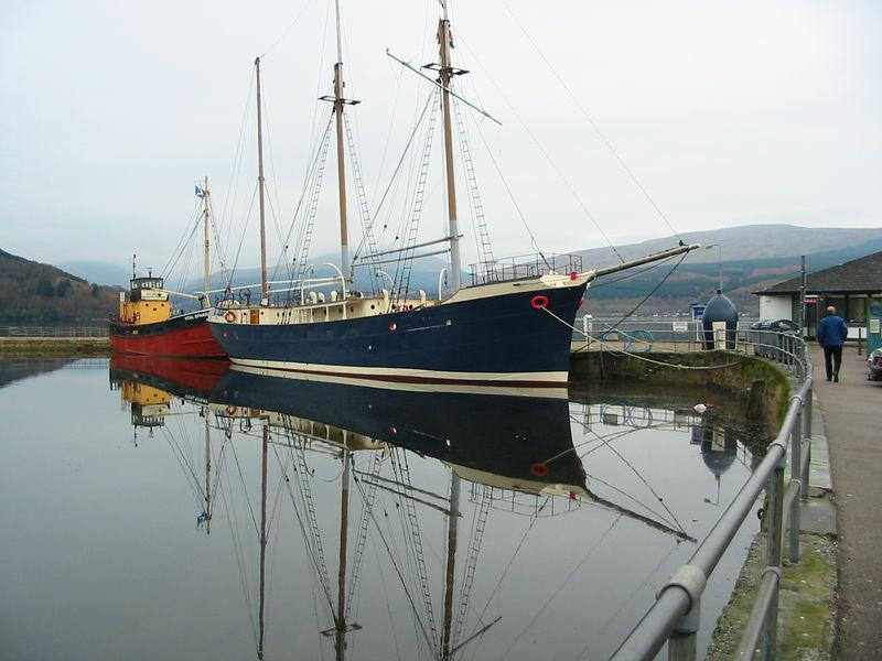 EILEAN EISDAIL (a.k.a VITAL SPARK) and ARCTIC TERN at Inverary Maritime Museum. November 2005