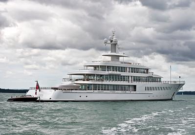 Larry Ellison's Feadship yacht, Musashi.