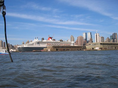 Queen Mary II May 2004
