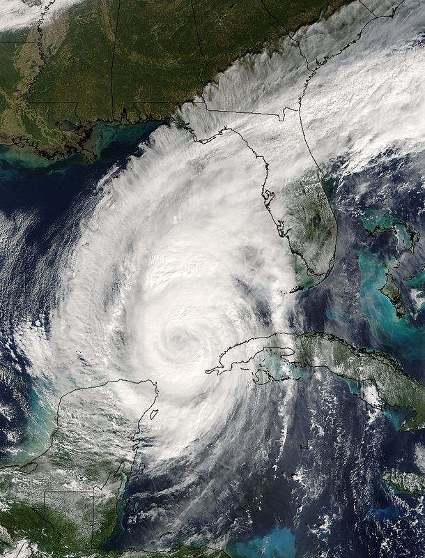 Wilma decides to turn South Florida into a big mess, will be a while before theres power to return to construction.