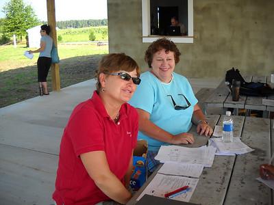 Gail Owings and Linda Turner on registration.