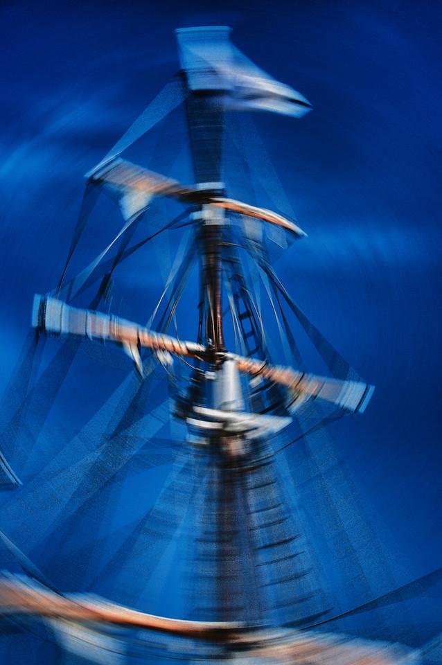 Sail spin