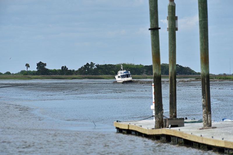 Gotta LOVE those oyster beds!!! Suppose to be far left on other side of green marker where the water is!