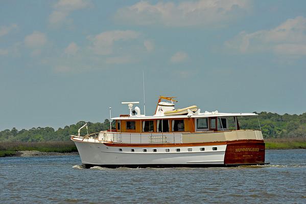 "Trumpy Yacht ""Hummingbird"" 05-10-10"