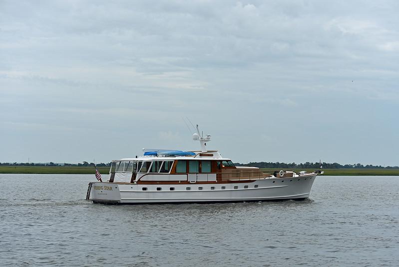 Trumpy Yacht Wishing Star passing Jekyll Wharf 06-07-19