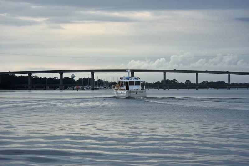 Trumpy Yacht Wishing Star passing Jekyll Wharf 10-29-19