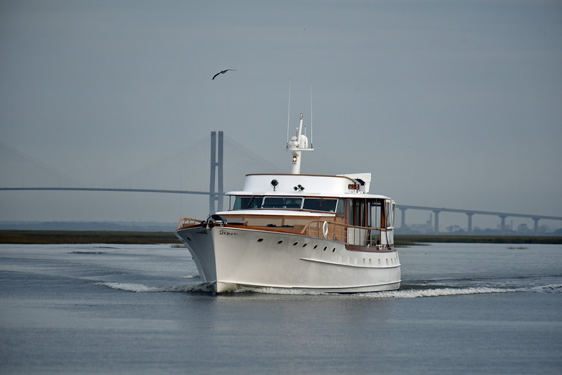 Trumpy Yacht Wishing Star passing Jekyll Wharf 10-29-19
