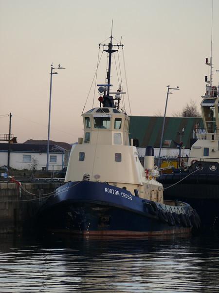 Svitzer tug NORTON CROSS in James Watt Dock.<br /> 6th December 2008